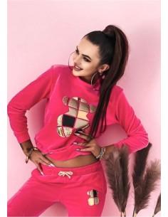 Sportowa sukienka ze sweterkowego materiału